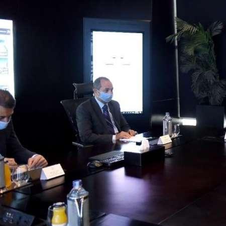 رئيس هيئة الاستثمار والسفير البحريني في القاهرة
