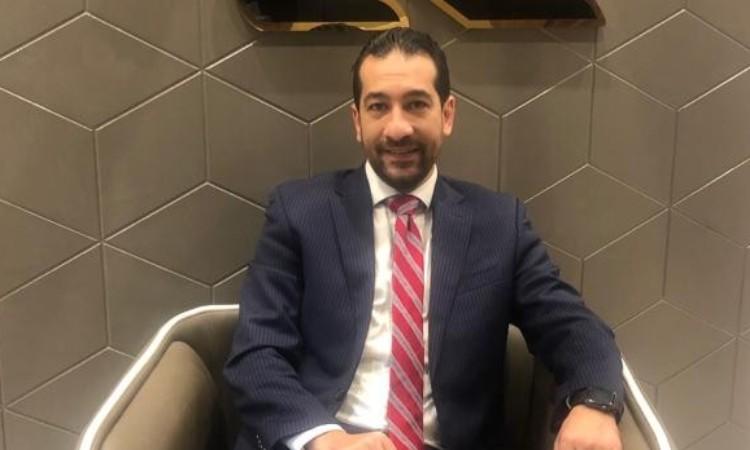الدكتور حسام فرج